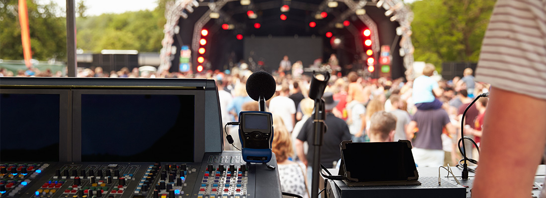 OUTDOOR-EVENTS-&-CONCERTS